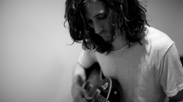 conversation-nick-valensi-main